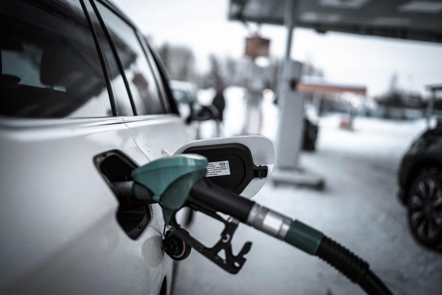 Brittiska Labour kan tänka sig ett förbud mot bensin- och dieselbilar.