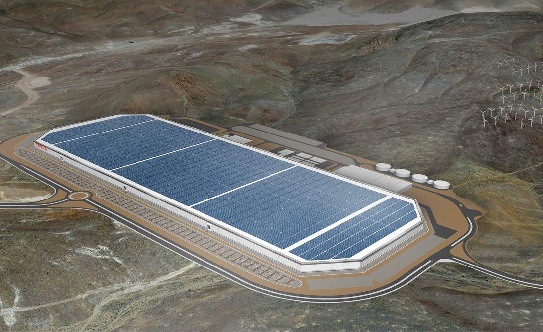 Teslas Gigafactory i Nevada är, som namnet antyder, gigantisk. Men den är långt ifrån tillräcklig.