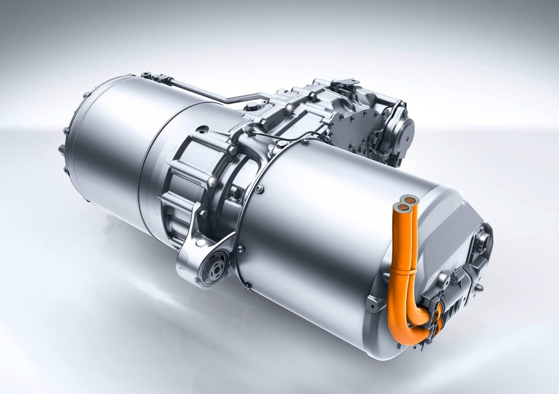 Motorn i B-Klass Electric Drive har en effekt på 130 kW. Mercedes-Benz har utvecklat elmotorer på upp till 400 kW och den nya plattformen rymmer upp till tre motorer.