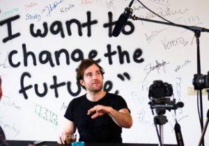Lewis Horne och hans unga team vill förändra världen med sin bil. Foto: Uniti